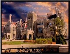 Toronto Ontario - Canada ~ Casa Loma - Sunrise (Onasill ~ Bill Badzo) Tags: casa loma toronto architecture gothic revival museum architect e j lennox onasill henry pellatt landmark outdoor photo border sunrise