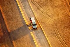 Bird's Eye View (cb|dg photo) Tags: aerialphotograph vehicle truck desert flight balloon sossusvlei balloonsafari sunrise dawn hotairballoon littlekulala namibia namibdesert