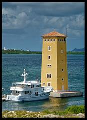 Sint-Maarten (hoan luong) Tags: