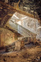 Time is the fire in which we burn. (MGness / urbexery.com) Tags: vertigo history villa schloss sanatorium castle palace lostplace urbanexploration urbanexplorer urbex urban stairs treppe treppenhaus shell shelf decay place lost staircase abandoned