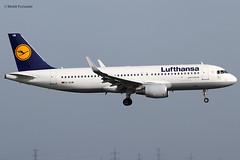 Lufthansa (LH/DLH) / A320-214 / D-AIUW / 03-26-2017 / LHR (Mohit Purswani) Tags: germany frankfurt lufthansa lh dlh daiuw a320200 a320 airbus airbusa320 airbusindustrie lhr egll london unitedkingdom heathrowairport narrowbody finalapproach landing arrival ahkgap canon 7d 100400 aircraft airlines aviation planes