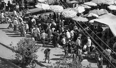 Sayun Hadramaut Yemen 1994 (loose_grip_99) Tags: yemen arabia middleeast sayun hadramaut blackwhite noiretblanc market 1994