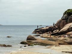 Brazil_24_01_2018_129 (Nekrasoff Oskar) Tags: atlanticocean atlantica brazil brazil2018 florianopolis floripa santacatarina beach clouds praiagravata rocks