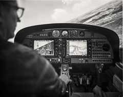 Sim (el.seppo) Tags: bigbertha hp5 fliegen flying switzerland shenhaohzx45iia caltarhrtopcon90mmf56