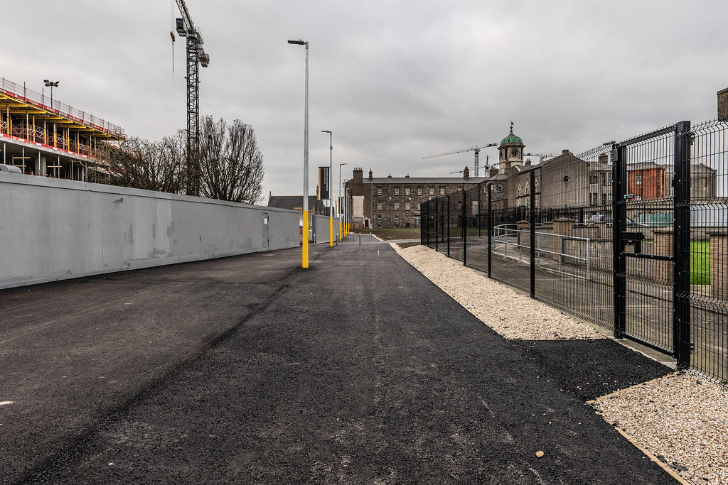 LIMITED ACCESS TO THE GRANGEGORMAN CAMPUS EAST-WEST CYCLE PATH [GRANGEGORMAN STATION AND LUAS TRAM STOP]-147402
