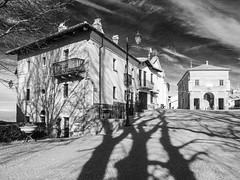 Italy, Serravalle Langhe (ABDG) Tags: altalanga serravallelanghe olympus penf bw italy piemonte mirrorless zuiko langhe