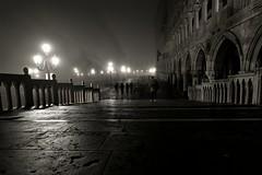 Venice by night❤️ (nikoraffsd850) Tags: venedig venice venezia dogenpalast nebel langzeitbelichtung longtimeexposure