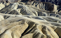 Zabriskie Point, Death Valley (__ PeterCH51 __) Tags: zabriskiepoint deathvalley deathvalleynationalpark dvnp california usa us america erosion landscape scenery erosionallandscape desert desertscenery desertlandscape naturalwonder beautifulview peterch51