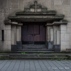 Koepelkerk, Maastricht (Ivan van Nek) Tags: koepelkerk maastricht thenetherlands heerderweg nikon nikond7200 d7200 doorsandwindows ramenendeuren door porte tür church église kerk kirche