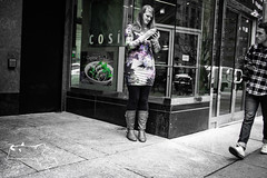 Olde Town Philly6-104 (alanschererphotographer) Tags: philly philadelphia pennsylvania streetphotography buildings architecture people