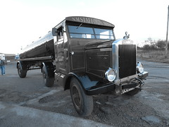 Scammell 1932 OLU 302 N.M.Stafford And Sons Halloween Road Run 2018 Carriage House Pub Marsden UK (El Alamein 1942 TRUCK COLLECTION) Tags: scammell 1932 halloweenroadrun 2018 carriage carriagehousepub pub marsden uk nmstaffordandsons loveit bestthere