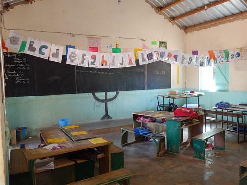 Voici une salle de classe de l'école privée de Mar Lodge