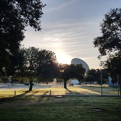 "Sunrise over the antenna. The newly cleaned 15m parabolic dish at @europeanspaceagency #esac greets a cold and frosty morning #youresa <a style=""margin-left:10px; font-size:0.8em;"" href=""http://www.flickr.com/photos/56791810@N02/44438888870/"" target=""_blank"">@flickr</a>"