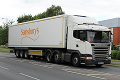 Sainsburys WR67 WHA, Scania G-series at Ashchurch (majorcatransport) Tags: sainsburys ashchurch scania scaniagseries