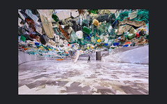 Maritime Lnandschaft nach einer ökologischen Katastrophe (Hildegard Spickenbaum) Tags: maat lissabon ausstellung over flow tadashi kawamata globale tourismus ökologiefragen japanische künstle architektenkollektiv os espacialistas boyan slat