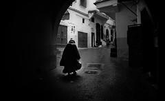Little Black Riding Hood / Le Petit Chaperon Noir (Jihane Darkaoui) Tags: blackandwhite bw monochrome noiretblanc streetphotography nikond7100