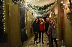 Chatsworth - Charlotte's Web (littlestschnauzer) Tags: charlottes web theme xmas chatsworth house decor decorated festive themed family tourist attraction visit derbyshire uk christmas 2018 november corridor