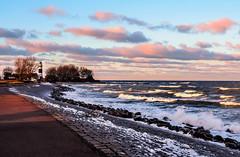 Bülk Lighthouse (1) (claudia.kiel) Tags: bülk ostsee balticsea meer sea seascape küste coast coastline winter schnee snow ice wellen waves brandung surge leuchtturm lighthouse wolken wolkenlandschaft clouds cloudscape sunsetmood
