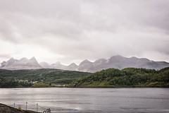 Encircleing (BlossomField) Tags: landscape mountain river saltstraumen nordland norwegen nor