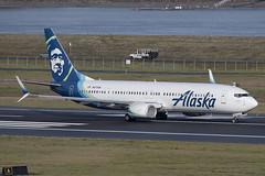 Alaska Airlines Boeing 737-990(ER)(WL) (zfwaviation) Tags: kpdx pdx portland international airport oregon or parking garage airplane aircraft jet plane aviation airliner runways take off landing 10r 10l rain spotting d750 200500mm n277ak b737 737900 739 as alaska fog