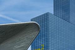 Shape contrast in Rotterdam (Jan van der Wolf) Tags: map192192v lines lijnen lijnenspel interplayoflines playoflines rotterdam building gevel gebouw architecture architectuur centraalstation contrast