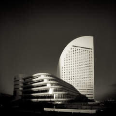 (Masahiko Kuroki) Tags: bnw monochrome noiretblanc architecture xe1 pinhole s11 横浜 みなとみらい