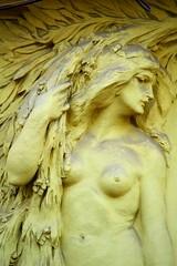 Prager Fassadendetails - 40 (fotomänni) Tags: prag praha prague kunst art reisefotografie statue skulpturen skulptur sculpture manfredweis
