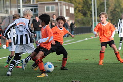 """HBC Voetbal • <a style=""""font-size:0.8em;"""" href=""""http://www.flickr.com/photos/151401055@N04/30787717207/"""" target=""""_blank"""">View on Flickr</a>"""