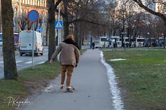 B38A4318.jpg (pka78-2) Tags: streetphotography httpsekakuvafi winter old barefeet tourist httpskajanderinfo middle architechture tallinn oldtown httpspetrikajanderinfo feet cold tallin town bare