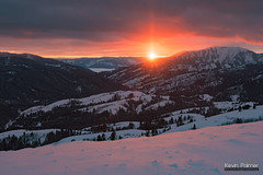 Big Hole Mountain Sunset (kevin-palmer) Tags: bigholemountains victor idaho rockypeak scenic view december winter snow snowy cold clouds evening cariboutargheenationalforest sunset color colorful orange gold golden sunpillar hdr stoutsmountain swanvalley tamron2470mmf28 sunlight nikond750