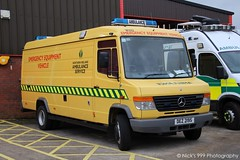 Northern Ireland Ambulance Service / W022 / DEZ 2195 / Mercedes Benz Vario / Emergency Support Vehicle (Nick 999) Tags: northern ireland ambulance service w022 dez 2195 mercedes benz vario emergency support vehicle nias hart hazardous area response team paramedics hazardousarearesponseteam northernirelandambulanceservice whiskey022 dez2195 mercedesbenzvario emergencysupportvehicle