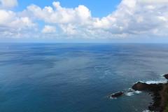 apenas um pedacinho de terra (H. P. Filho) Tags: dslr apsc canoneosrebelt5i canonefs1018mmf4556isstm digitalphotoprofessional fernandodenoronha noronha mar oceano oceanoatlântico atlântico rochas céu nuvens sea ocean atlanticocean atlantic rocks sky clouds brazil bgtpe 50view 100view faved 250view 2fav 500view 3fav bei 5fav 10fav