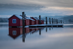 Floating (Lars Øverbø) Tags: fetsund lenser norway norge timer floating house houses cold frost winter river ice glomma sunset evening canon24105f4lis canoneos5dmarkiv leend