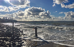 Der_Hammen (lotharmeyer) Tags: clouds derhammen gischt sea ocean water meer brandung sturmflutwehr wellen nature licht sky westenschouwen holland zeeland gegenlicht