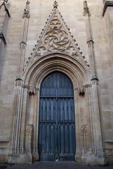 Église Saint-Pierre, Bordeaux, France (Tiphaine Rolland) Tags: bordeaux france gironde autumn automne 2018 nikond3000 nikon d3000 porte gate door blue bleu church église églisesaintpierre saintpeterchurch