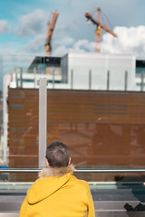 Enjoy The Delights (pni) Tags: wall handrail sky metal glass construction crane human people person being shoppingcenter kauppakeskus redi kalasatama fiskehamnen helsinki helsingfors finland suomi pekkanikrus skrubu pni