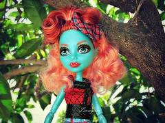 Lorna McNessie (Linayum2.0) Tags: lornamacnessie lorna mh monster monsterhigh mattel doll dolls muñecas muñeca toys toy juguetes juguete tree árbol green verde linayum