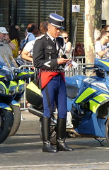 "bootsservice 18 800519 (bootsservice) Tags: armée army uniforme uniformes uniform uniforms bottes boots ""riding boots"" weston moto motos motorcycle motorcycles motard motards biker motorbike gants gloves gendarme gendarmes ""gendarmerie nationale"" parade défilé ""14 juillet"" ""bastilleday"" ""champselysées"" paris"