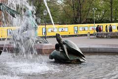 Berlín_0651 (Joanbrebo) Tags: neptunbrunnen mitte berlin de deutschland font fountain fontaine fuente canoneos80d eosd autofocus