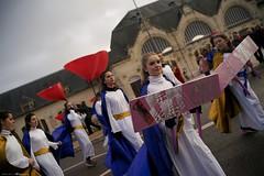 DSC05912 (Distagon12) Tags: portrait personnage people sonya7rii summilux wideaperture dreux défilé parade fête flambarts fêtesderue