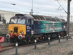 DRS 57307 @ Rugby train station (ianjpoole) Tags: direct rail services class 57 bodysnatcher 57307 lady penelope rugby station thunderbird duty