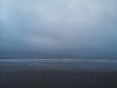 Kitesurfers at Rossnowlagh (mcginley2012) Tags: rossnowlagh beach kitesurfers ocean sky coast codonegal ireland p20pro huaweip20pro cameraphone