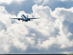 Vueling Airlines Airbus A320, Photo ID: 1158443 (flightradar.live) Tags: a320 airbus ecmbt lcg leco vueling airplane avion comercial jet medium plane culleredosanesteban galicia españa es