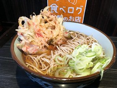Soba topped with a mixed vegetable tempura from Monju @ Asakusa (Fuyuhiko) Tags: soba topped with mixed vegetable tempura from monju asakusa 東京 tokyo そば ソバ 文殊 浅草 天婦羅 てんぷら テンプラ