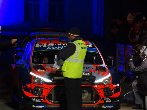 Sébastien Loeb at start of Rally