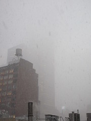 IMG_5037 (Brechtbug) Tags: 2018 november blizzard snow storm hells kitchen clinton near times square broadway nyc 11152018 new york city midtown manhattan snowing storms snowstorm winter weather building fog like foggy hell s nemo southern view ny1snow