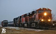 1/2 BNSF 7094 Leads WB L571 Manifest Ackley, IA 12-22-18 (KansasScanner) Tags: iowafalls ackley austinville iowa cn bnsf up train railroad