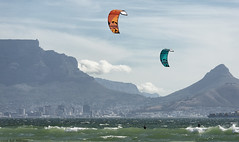 Kiting in paradise (Rob Millenaar) Tags: southafrica bloubergstrand dolphinbeach kitesurfing robsfamily scenery landscape