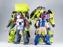 DSC00208 (KayOne73) Tags: sony a7riii nikon 40mm f 28 micro macro transformers toys figures 3rd party robot action masterpiece mp jinbao constructicons mixmaster os ko generation toy gt x transbots flipout wildrider stuntacon