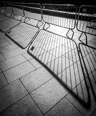 BRYAN_20181030_IMG_0373 (stephenbryan825) Tags: liverpool mannisland merseyside angles backlighting barriers dramaticlight floor graphic ground intothelight lines pavement selects shadows wideangle
